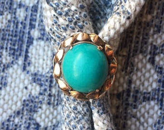 Vintage Turquoise and Gold Ring