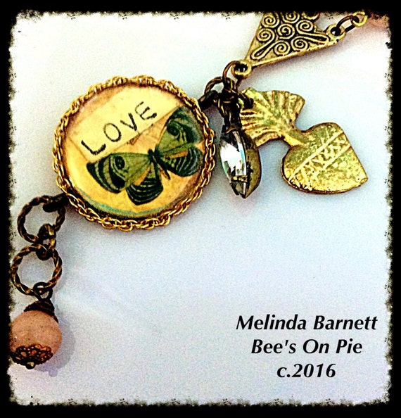 "Birds and Bees ""LOVE"" Bracelet #melindabarnett #queenebead"