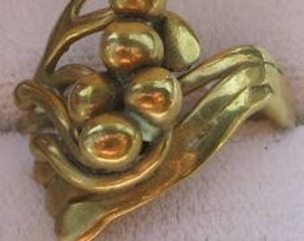 A Pretty Little Art Nouveau inspired Ring...Size 6...Brass