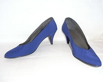 80's going 60's. Beautiful vintage electric blue handmade shoes