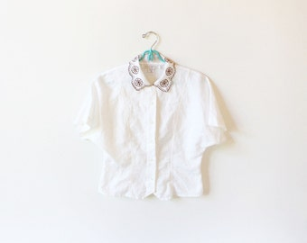 vintage blouse 90's linen white embroidered collar minimalist 1990's womens clothing size extra small xs