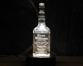 Evan Williams Bourbon Bottle Lamp, Bourbon Gift, Whiskey Gift, Gift For Men, Guy Christmas Gifts, Gift For Grandfather, Gift For Husband