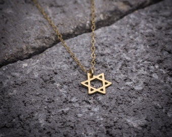 Gold necklace, Magen David necklace, dainty necklace, statement necklace, star of David necklace, everyday necklace, gift for her.