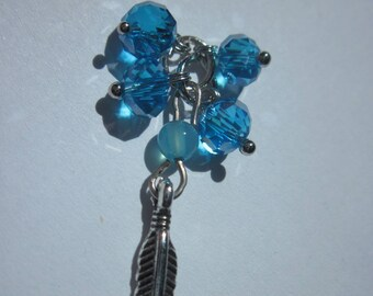 beads, glass, agate and 3.7 cm (J15) feather charm charm