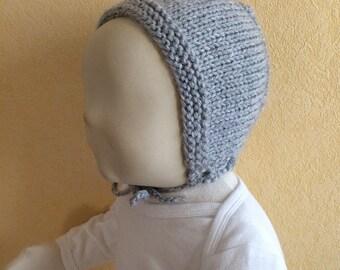 Gray bonnet baby hat size 3/6 months