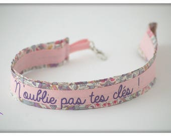 Made to order * Keychain long Choker liberty with message (non-contractual Photos)