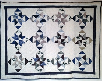 SALE 25% off! Gorgeous eight point star wall hanging or baby quilt