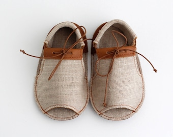 SAHARA modern baby sandals in genuine soft leather and unbleached linen fabric