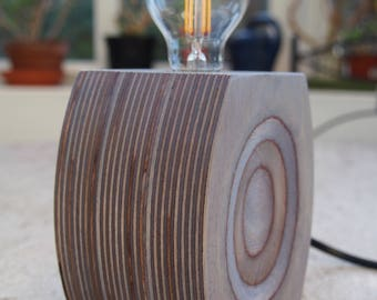 Tree rings table lamp - blueberry