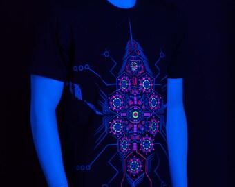UV Active Psychedelic T-Shirt / Neon / Glow/ DeBug UV D95 / Public Beta Wear