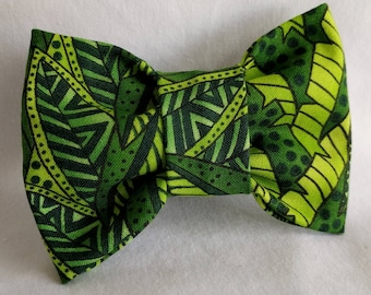 In The Jungle- Dog Collar Bow Tie- Pet Accessory- Pet Supplies-Red and White-Shades of Green-Collar Attachment
