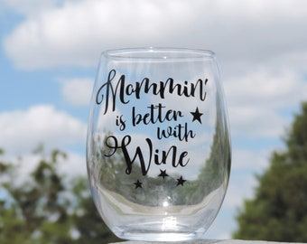 Gift for Mom - Mother's Day Gift - Baby Shower Gift for Mom - New Mom Gift - Mothers Day Wine Glass - Mom's Birthday Gift - Baby Shower Gift
