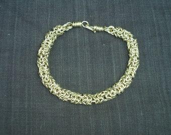 Skipped Round Maille Bracelet