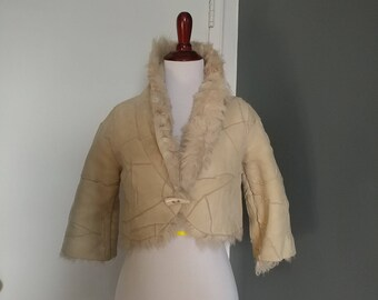 Vintage 90s Tuscany Mouton shearling cream/off white cropped coat, fit size XS
