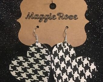 Vinyl heart shaped houndstooth earrings