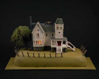 Dollhouse Miniature, Beetlejuice, The Maitland's