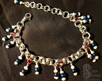 Winter Berries - Glass & Pearl Chainmaille