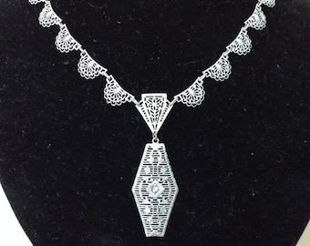 Edwardian Style/Art Deco Silver Tone Filigree Necklace