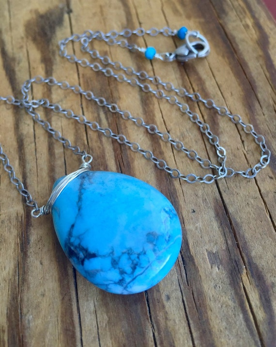 Blue Magnesite Pendant Necklace / Turquoise Pendant Necklace / Yoga Jewelry / Throat Chakra Necklace / Boho Necklace / December Birthstone