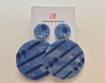 Clay earrings - ocean blue