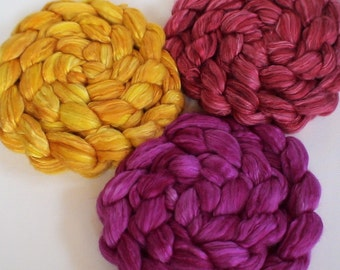 Roving for spinning 50/50 hand dyed silk merino semi solid roving PRE ORDER 2ozs Mexico