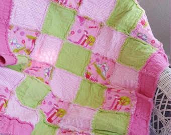 Giraffes! Zebras!  Bright Pink and Lime Green rag quilt