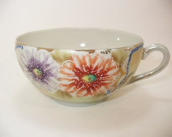Beautiful Hand Painted Teacup in the Limoges Style