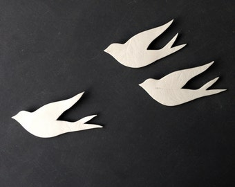 We three together flying - Wall art Birds Set of porcelain swallows Modern ceramic wall sculpture Living room bathroom art Bedroom decor
