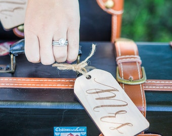 Mr and Mrs Luggage Tags, Wedding Gift for Bride & Groom Honeymoon Suitcase Tags for Wedding Gift Engraved Wooden Tag Set (Item - LUG300)