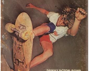 "Vintage Skateboard Magazine European 10"" x 7"" reproduction metal sign"