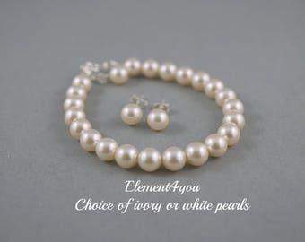 Flower girl jewelry, Pearl bracelet set, Bridesmaid Jewelry Set, Bridesmaid bracelet stud earrings, Classic pearl bracelet Single pearl stud