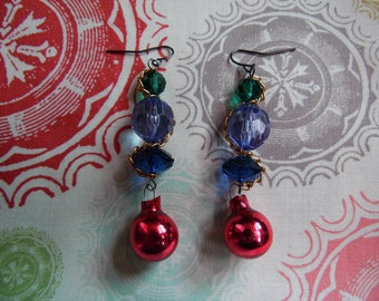 Blue and Green Faceted Holiday Earrings//Vintage Style Christmas Ornament Earrings//Chain and Bead Earrings//Red Bobble Earrings For Her