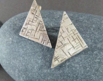 Triangle Stud Earrings, Silver Hammered Earrings, Geometric Earrings, Silver Stud Earrings, Minimalist Earrings, Geometric Jewellery
