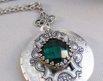 Emerald Star,Emerald Necklace,Emerald Locket,Emerald,Green Locket,Princess Cut.Birthstone ,May Birthstone,BirthsotoneValleygirldesigns.