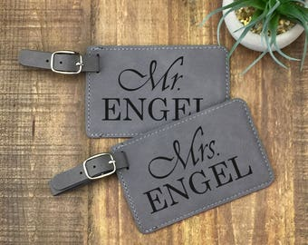 Personalized Luggage Tags - Set of 2 - Mr & Mrs Luggage Tags - Wedding Gift - Customized - Travel Tags - His and Hers Luggage Tags
