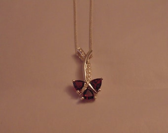 Sterling Silver Necklace with Garnet Pendant