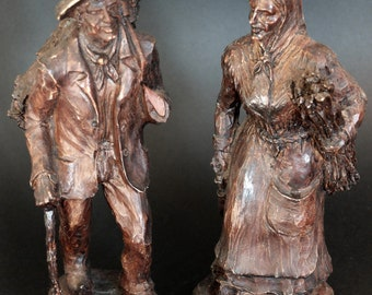 Statues couple peasants signed Bidal