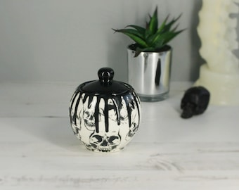Skull Sugar Pot, Sweetner storage item, Skulls bowl, Gothic Kitchen pot, Tea Lovers, Unique Gift, Hand Painted Ceramic, Weird and Wonderful