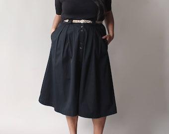 vintage plus size black full skirt, size 14-16