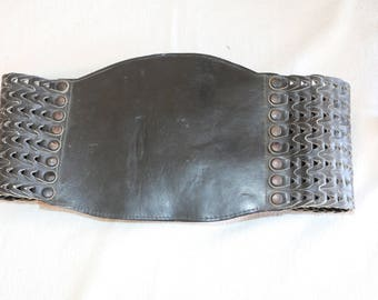 "Vintage Black Leather Kidney belt - 1960's - 31"" waist"