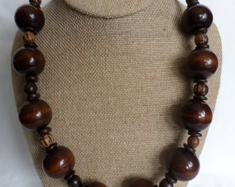 Wooden Delight Necklace
