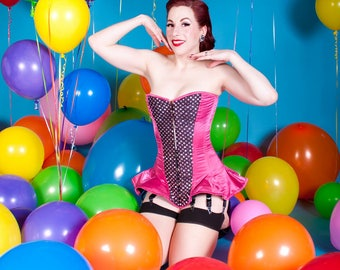Miss V Balloon Pinup 1