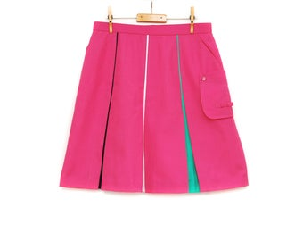Vintage golf skort, medium to large size sports skirt with pocket, plain pink with black, white and green stripes, 1990s Parlix KSM Japan