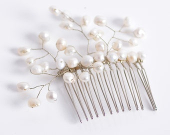 VIOLA freshwater pearls bridal wedding comb vine
