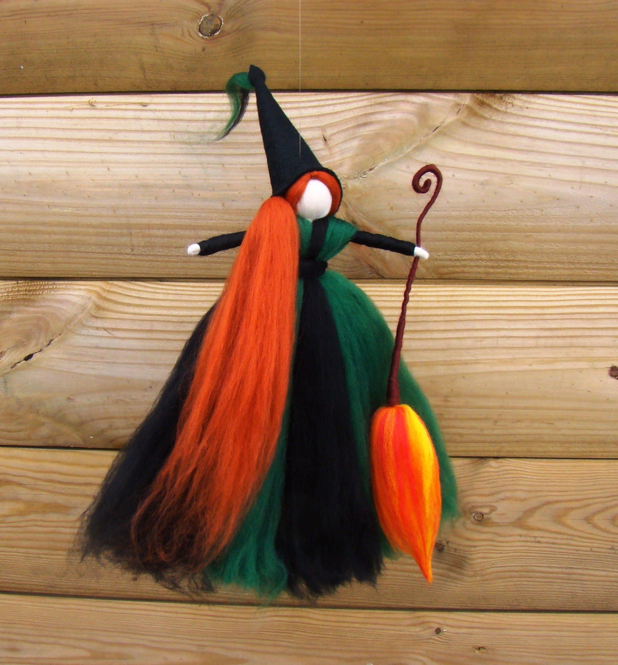 Küche Hexe Puppe grüne Hecke Hexe keltische heidnischen Hexe