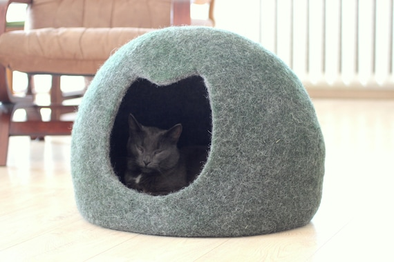 Cat House, Dark Green Cat Cave, Felt Wool Cat Bed, Modern Cat Bed, Pet Bed,  Cat Sleeping Place, Stylish Gift For Cat Lovers, Cat Cocoon