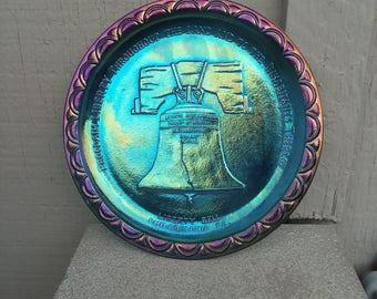 1976 Liberty Bell Indiana Glass Collector Plate Philadelphia, Carnival Glass Plate, Patriotic Decor, Bicentennial Commemorative Home Decor