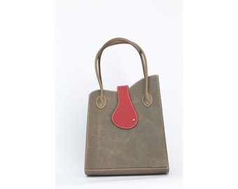 Tote leather taupe bag // leather lined // handmade in France // Jeanne