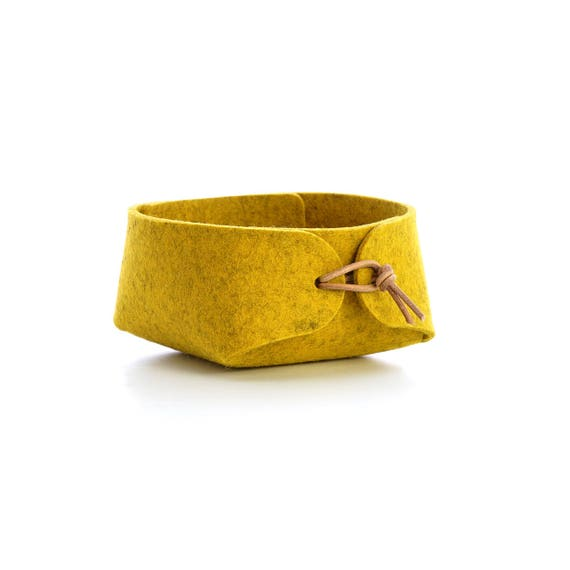 Jewelry organizer in wool felt Mustard yellow felt basket