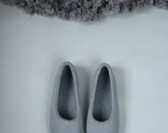 Grey felted slippers with silver glitter decoration Felt slippers for women -  Hand dyed organic wool slippers - Gift for her - Ballet flats